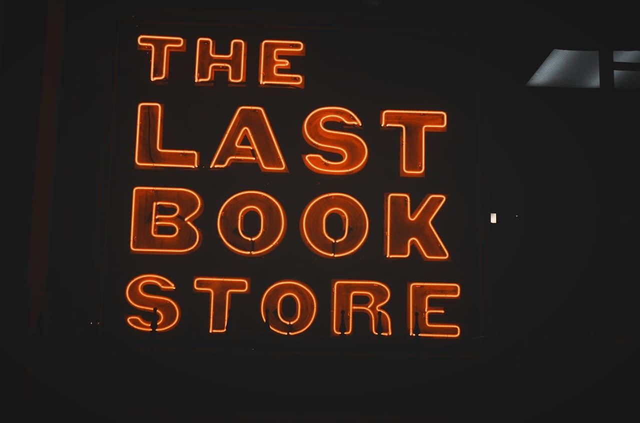 bookstore-neon-signage-setia-alam