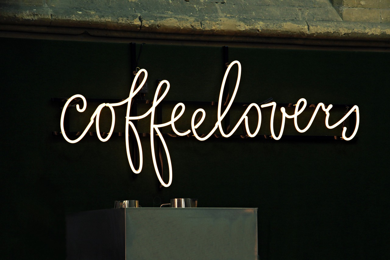 neon-cafe-signage-kepong
