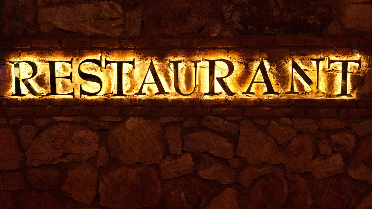 restaurant-metal-signboard-sri-hartamas