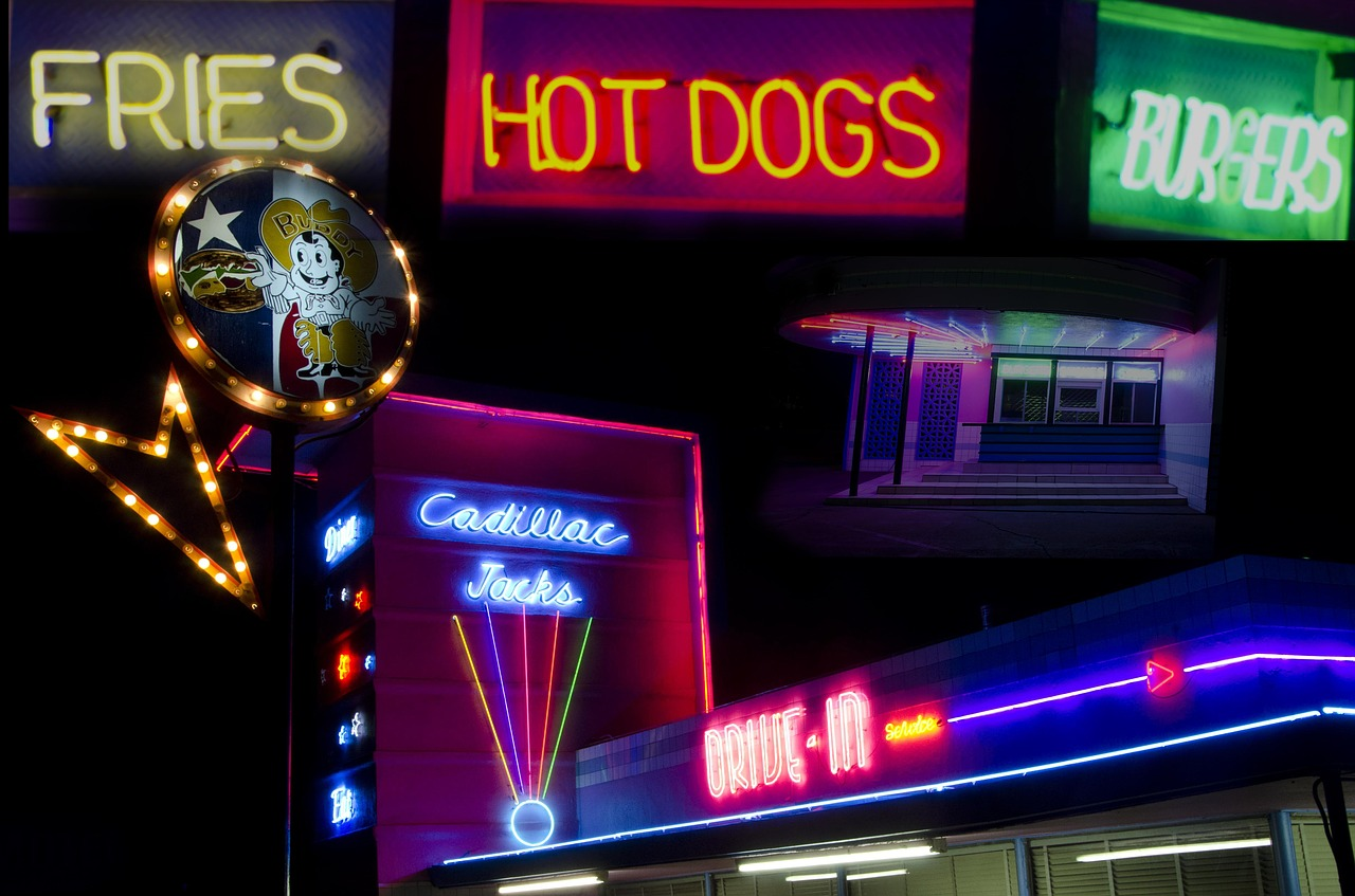 traditional-neon-business-signs